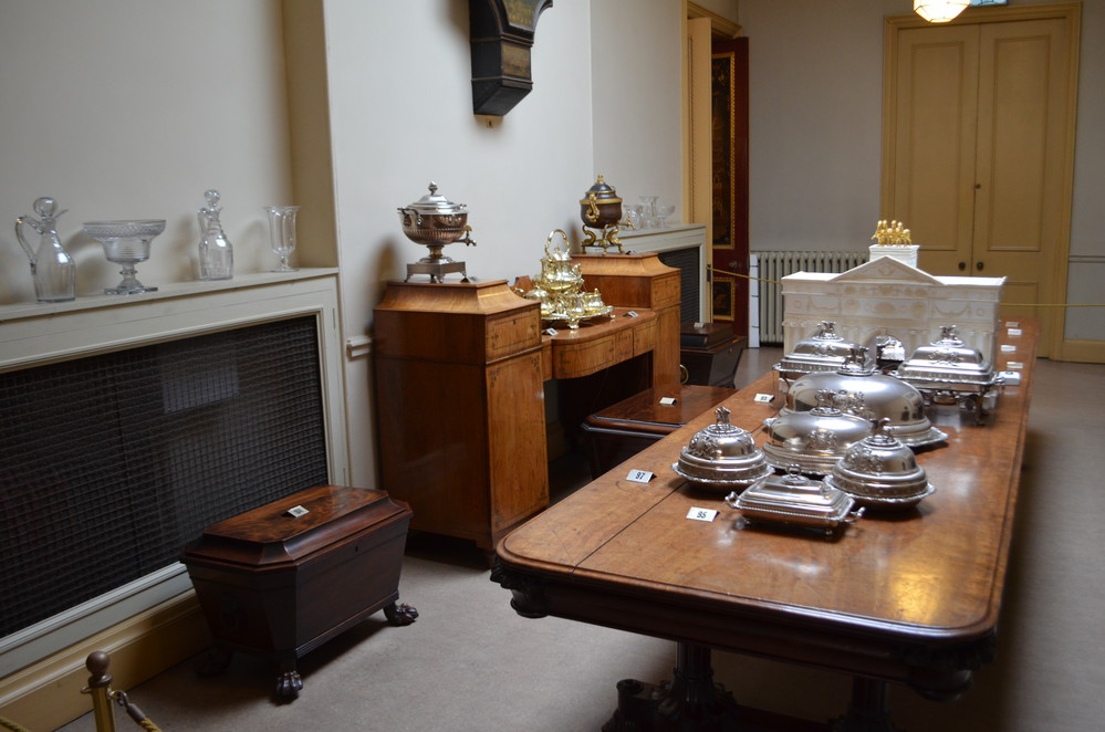 Table Deckers' Room of Royal Pavilion
