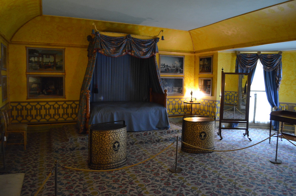 Yellow Bow Rooms of Royal Pavilion